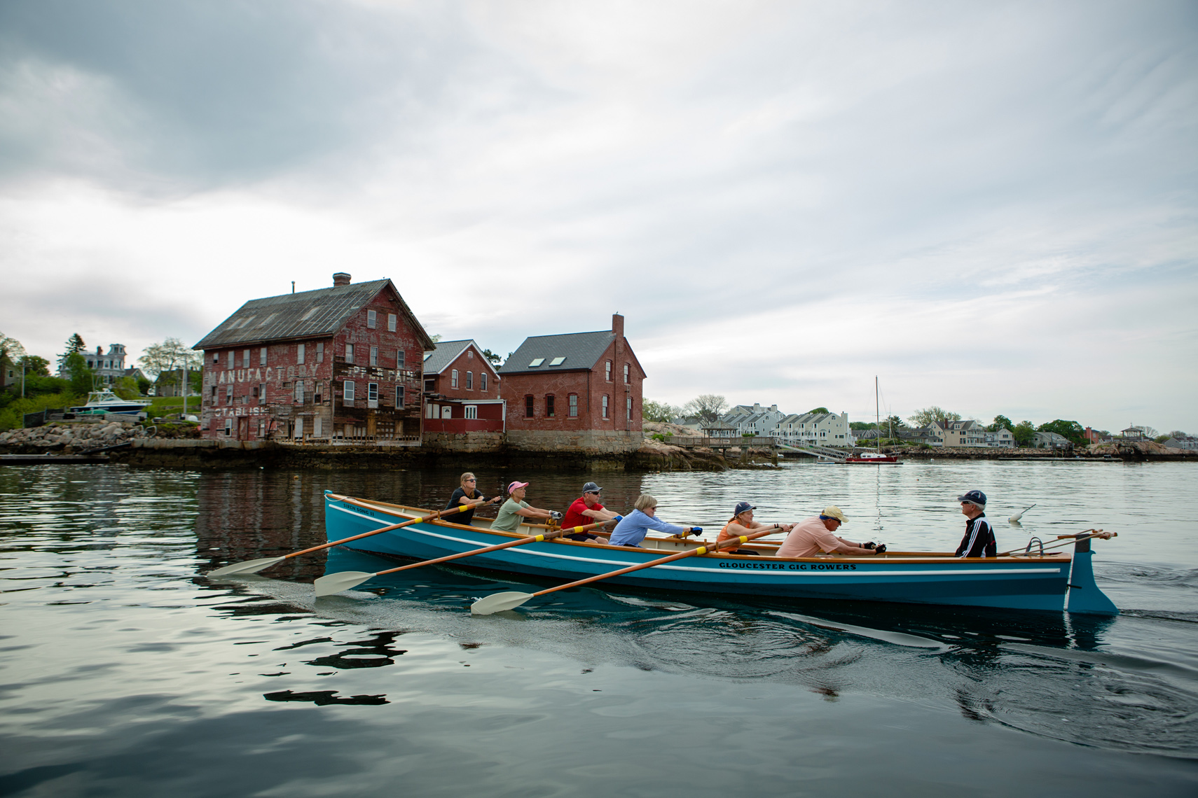 GLOUCESTER GIG BOAT ROWERS • THE OTHER CAPE • JASON GROW PHOTOGAPHY