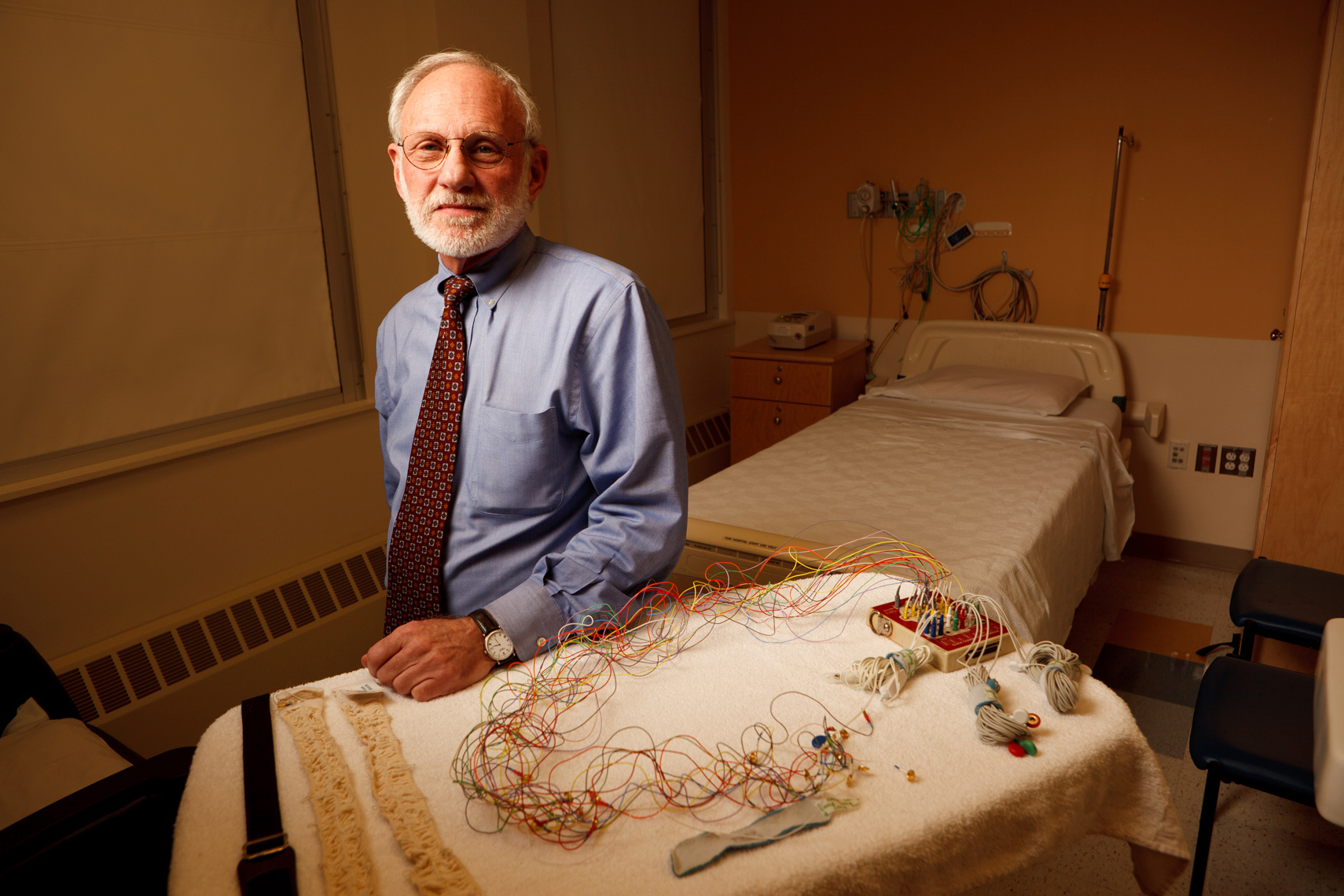DR. RICHARD FERBER • PEDIATRICIAN &  SLEEP EXPERT